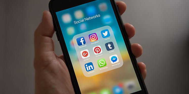 2021: Dijital Dünyaya Kısa Bi' Bakış